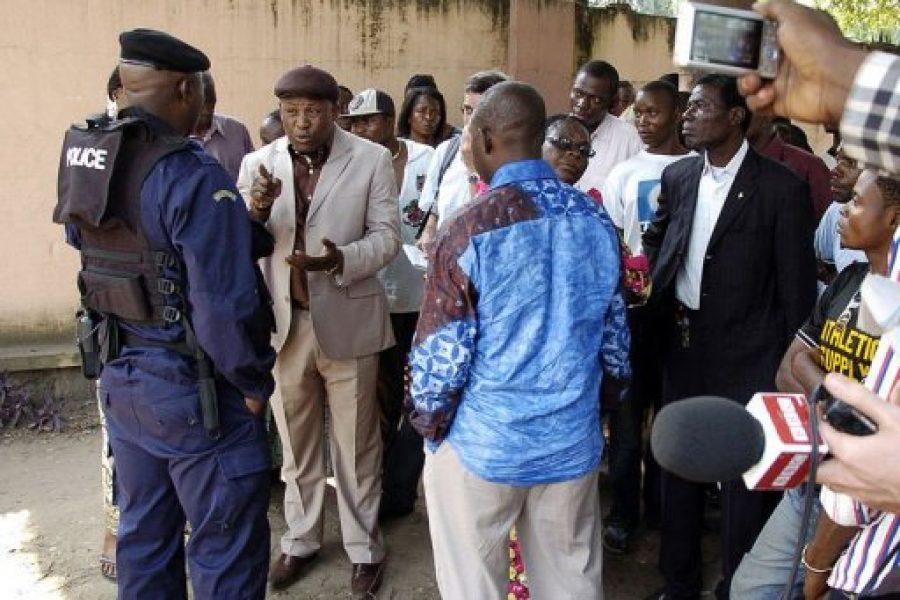 RDC: la police interdit l'accès à une conférence de presse de Tshisekedi