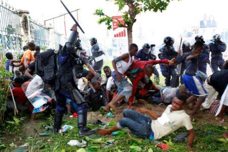 Chape de plomb sur Kinshasa