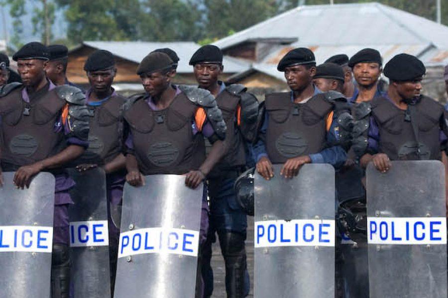 Mais qui a formé et équipé les policiers qui ont tirés sur la population à Kinshasa ?