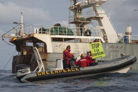 Des chalutiers étrangers se livrent à la surpêche aux larges des côtes congolaises