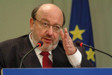 Une conférence de Louis Michel reportée par craintes de troubles