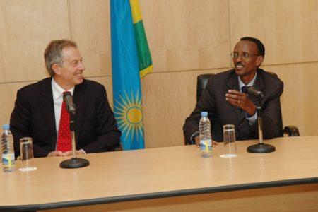 Kagame, ses parrains et la question des terres congolaises: De l'uranium de l'UMHK  au droit de regard sur le sol du Kivu, de l'Ituri et du Katanga