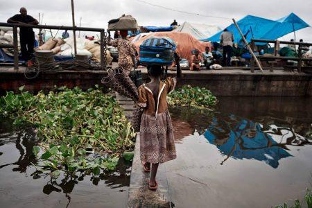 Le Congo-Kinshasa: Un pays d'avenir et «ses voleurs de poules»