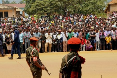 Ils sont sadiques et haïsssent les Congolais(es). Ils aiment les honneurs, les postes ministériels et l'argent