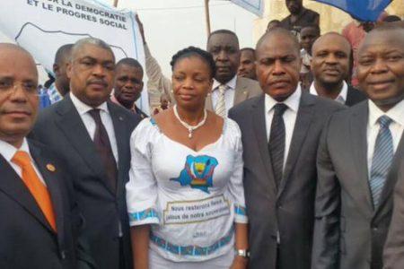 «Les Tshididistes» congolais en costumes et cravates et la protection de la fortune illicite du réseau de prédation. Essai sur »la gestion de la barbarie»