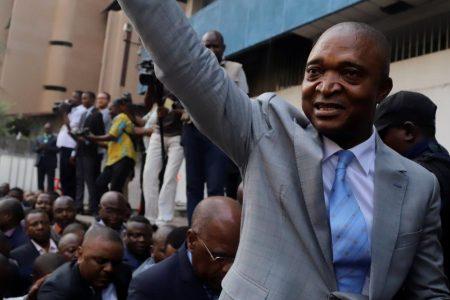 Au Congo-Kinshasa, les nouveaux prédateurs ne se cachent pas. Shadary distribue de l'argent