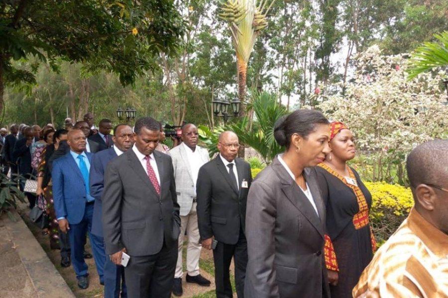 Lutter contre le culte de la personnalité au Congo-Kinshasa. Pas une mince affaire !