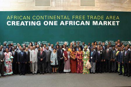 Les notes de Jean-Pierre Mbelu : Le libre-échangisme «africain» et les «Comptes à rebours»