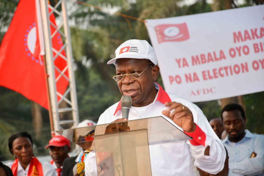 Bahati Lukwebo et les siens par-delà la diversion