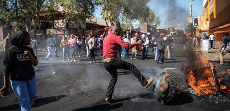 L'Afrique du Sud, la question noire et les massacres au Congo