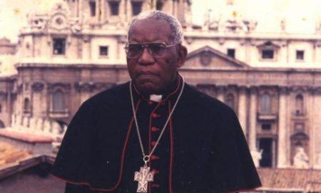 Monseigneur Munzihirwa et la guerre des Grands Lacs contre l'intelligence