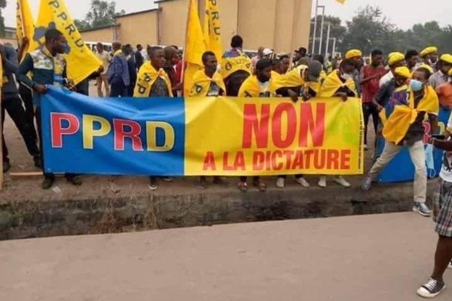 Les rues de Kinshasa et le vide du pouvoir-os