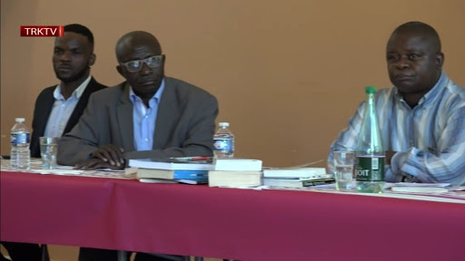 Les notes de Jean-Pierre Mbelu: «Faire» ne peut pas être réduit à «l'un» au Congo-Kinshasa