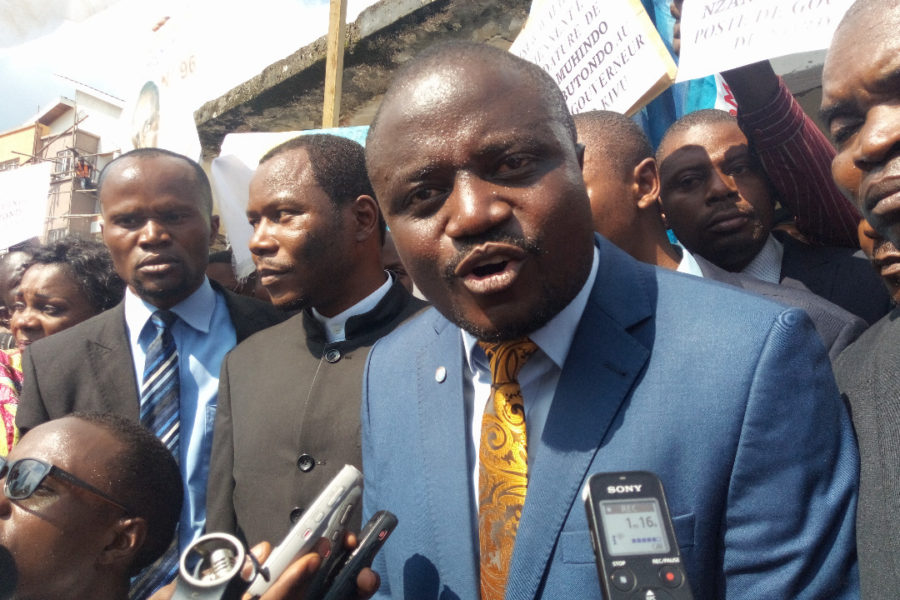 Les notes de Jean-Pierre Mbelu: La guerre contre «les instruits» a  déjà échoué au Congo-Kinshasa. Vont-ils tuer Muhindo Nzangi ?
