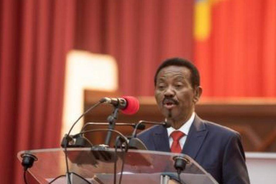 Les notes de Jean-Pierre Mbelu: Les rouages du capitalisme global et «les complicités kongolaises»