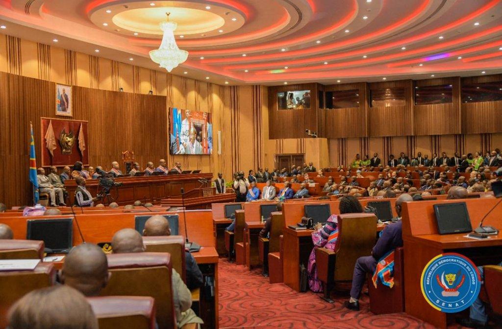 Les notes de Jean-Pierre Mbelu: Des «politiciens» kongolais voudraient travailler avec des institutions «dépolitisées». Cherchons l'erreur