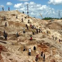 Aux diplômés Congolais en économie des universités occidentales : Arrêtez de nous prendre pour des imbéciles !