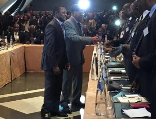 Consultations, dialogue et conclave : Comment les « élites » congolaises utilisent leurs populations comme des marchepieds
